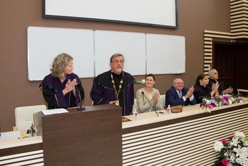 Ректорът на МУ-София проф. Виктор Златков